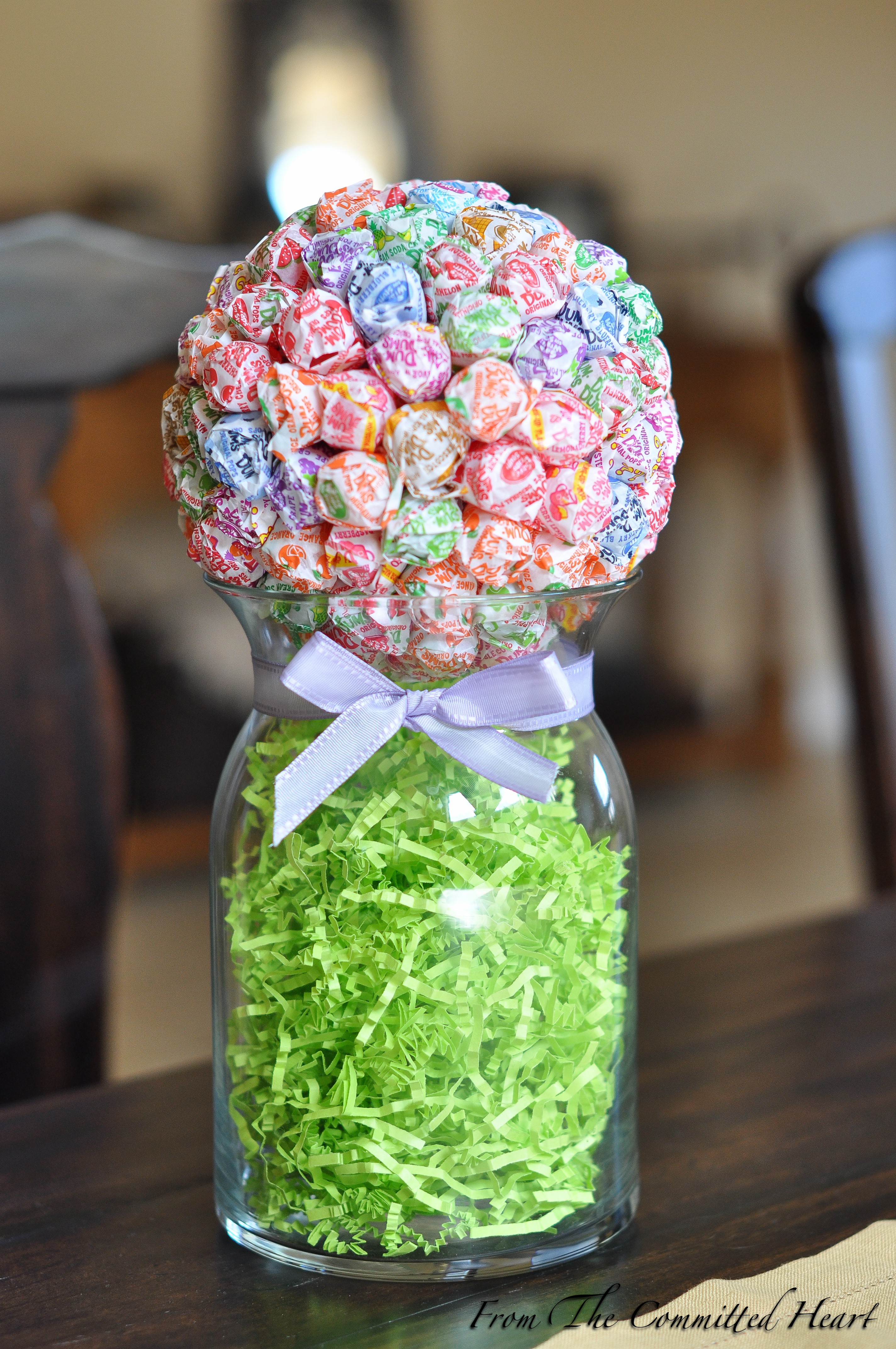 Candy Ball Centerpiece : Dum pops from the committed heart